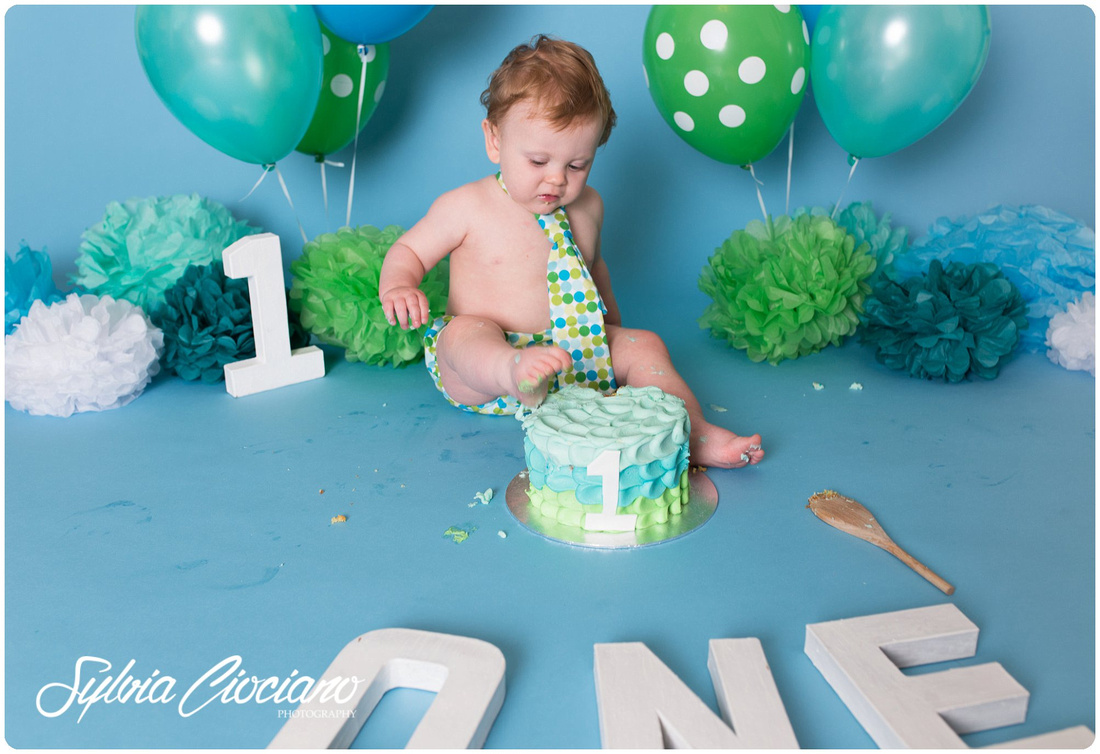 IMG_9075_FB_WEB-baby-cake-smash-eltham-bromley-greenwich-blackheath-shootershill--london-photographer