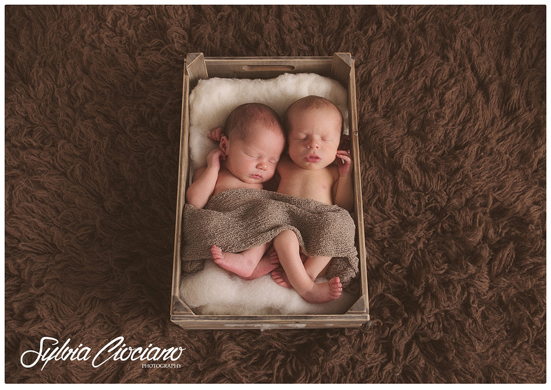 IMG_9994_FB_WEB-Eltham-Greenwich-Bromley-Blackheath-South-East-London-Baby-Family-Photographer